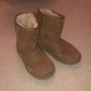 low rise brown uggs